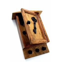 1T. Armario guardallaves decorativo en madera y metal envejecido